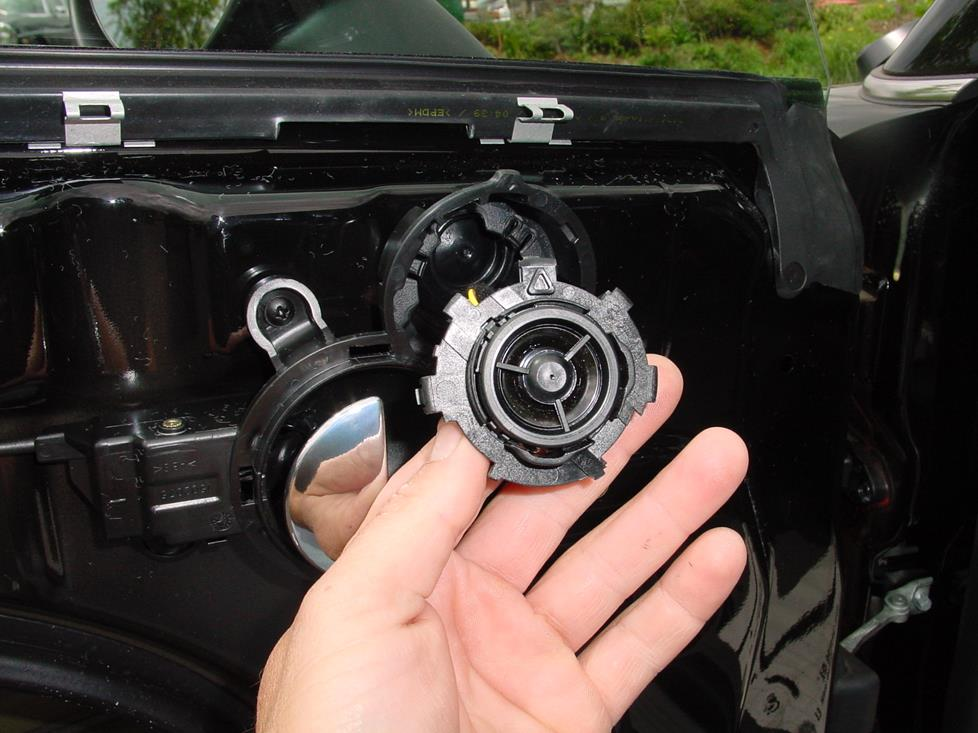 Upgrading The Stereo System In Your 2002 2006 Mini Cooper Hatchback