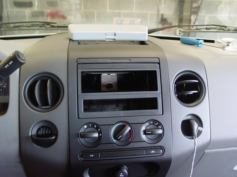 Ford F-150 radio mounting kit