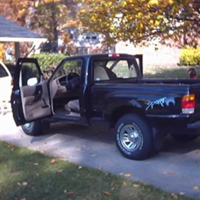 Jason Riley's 1999 Ford Ranger