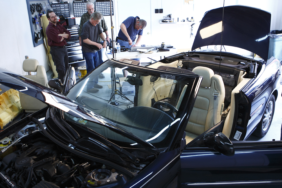 Chrysler Sebring disassembled