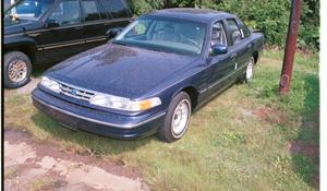 1995 Ford Crown Victoria Exterior