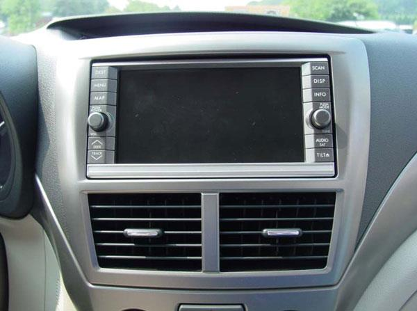 Subaru radio with navigation (Crutchfield Research Photo)
