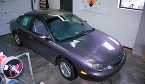 1996 Ford Taurus GL Exterior