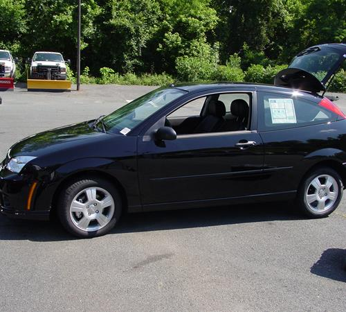 2007 Ford Focus ZX3 Exterior
