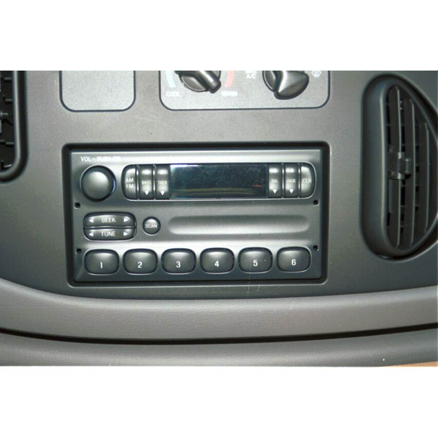 1997 Ford E Series Factory Radio