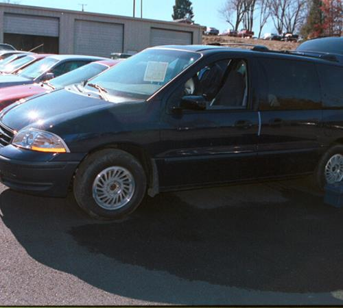 2002 Ford Windstar Exterior