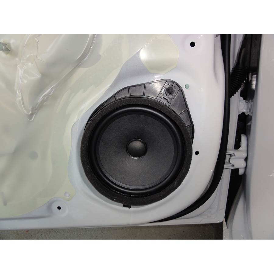 2014 Chevrolet Sonic Front door speaker
