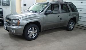 2002 Chevrolet TrailBlazer EXT Exterior