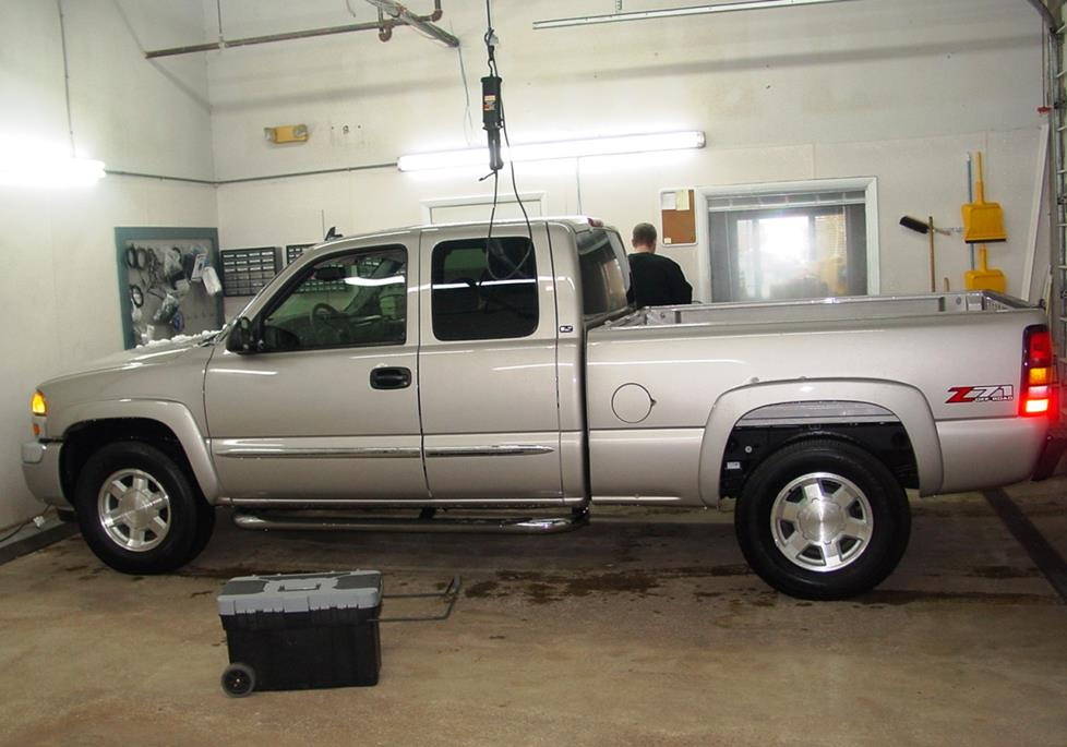 Exterior moreover  furthermore Imageswlinkscagf Yo together with B F A furthermore Maxresdefault. on starter location on 2005 gmc sierra 1500