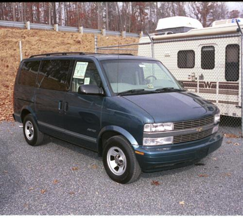 1999 GMC Safari Exterior
