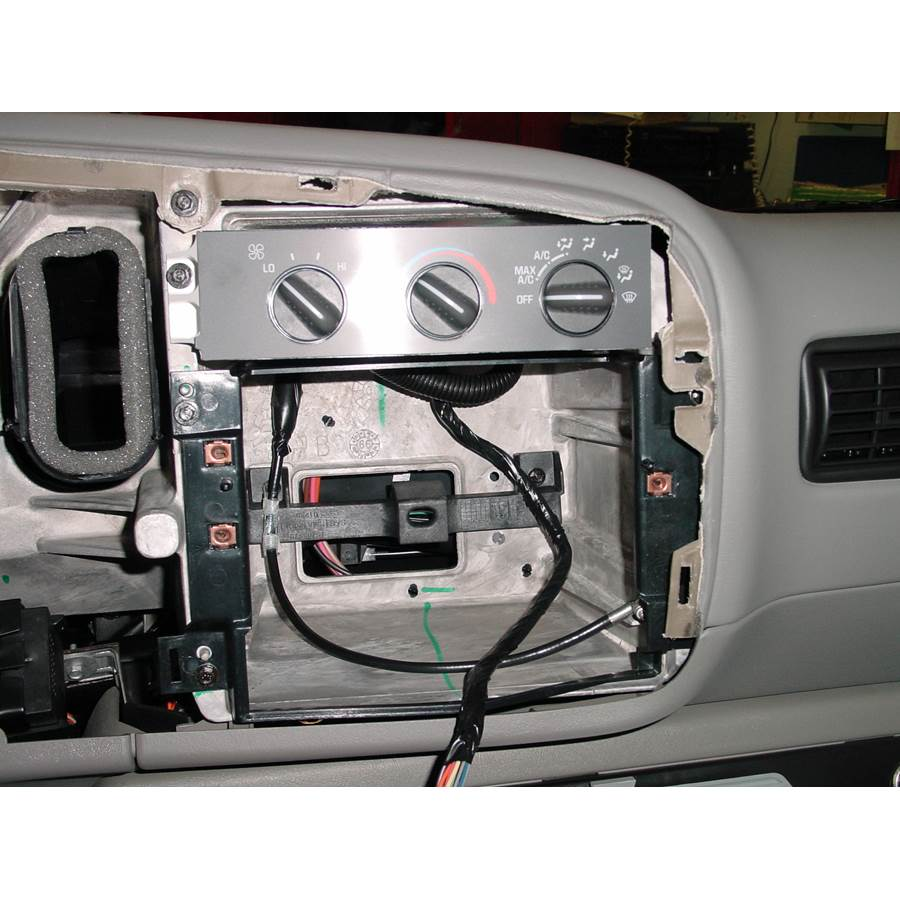 2001 Chevrolet Express Factory radio removed