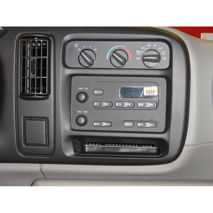 2001 Chevrolet Express Factory Radio