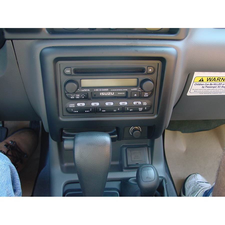 2001 Isuzu Rodeo Factory Radio
