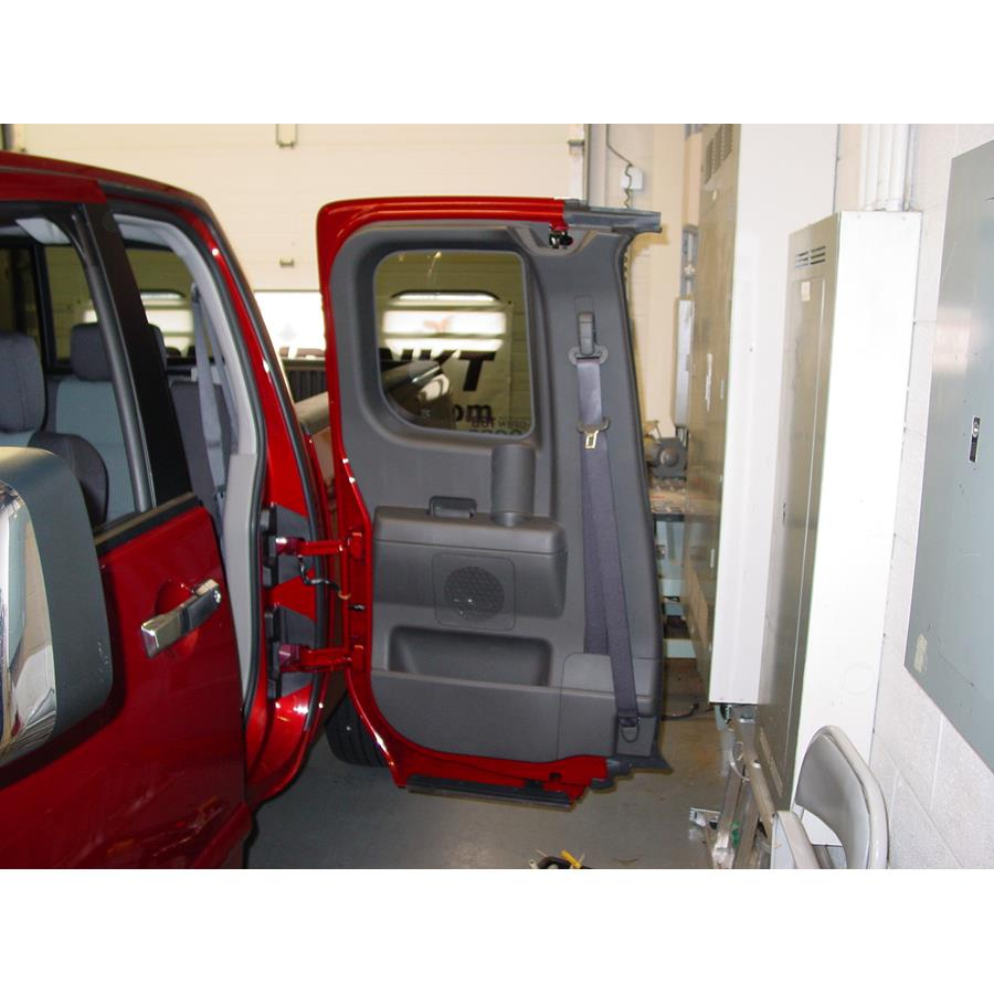 2014 Nissan Titan PRO-4X Rear door speaker location