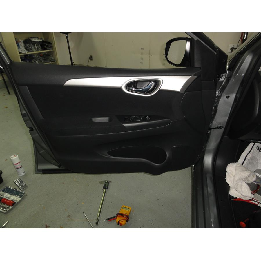 2016 Nissan Sentra Front door speaker location