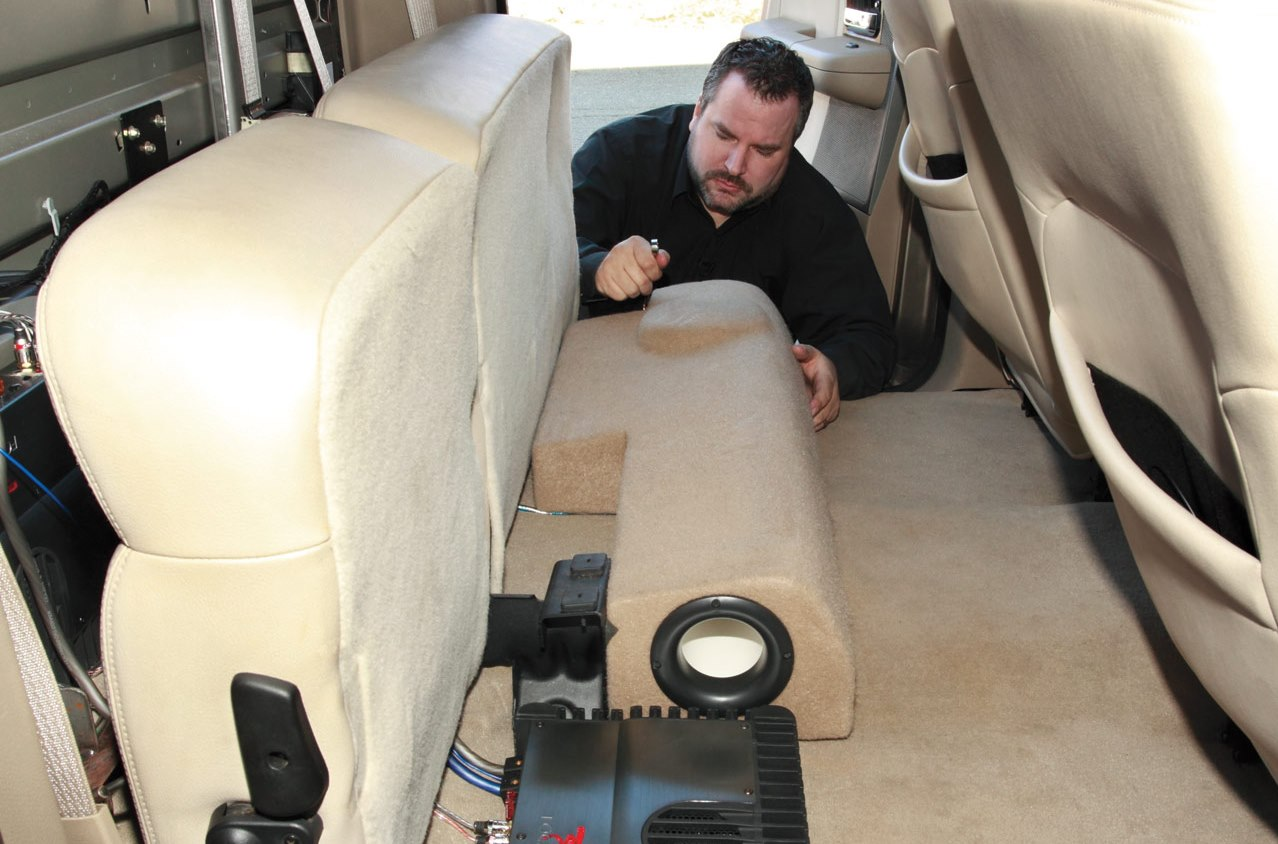 Installing%20a%20JL%20Audio%20Stealthbox