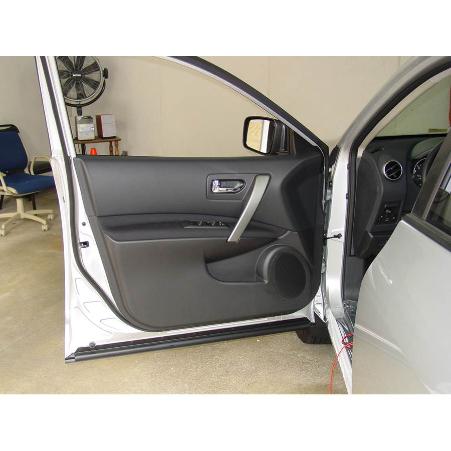 2011 Nissan Rogue Front door speaker location