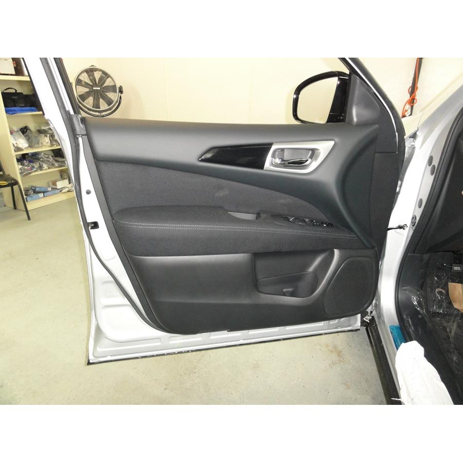 2017 Nissan Pathfinder Front door speaker location
