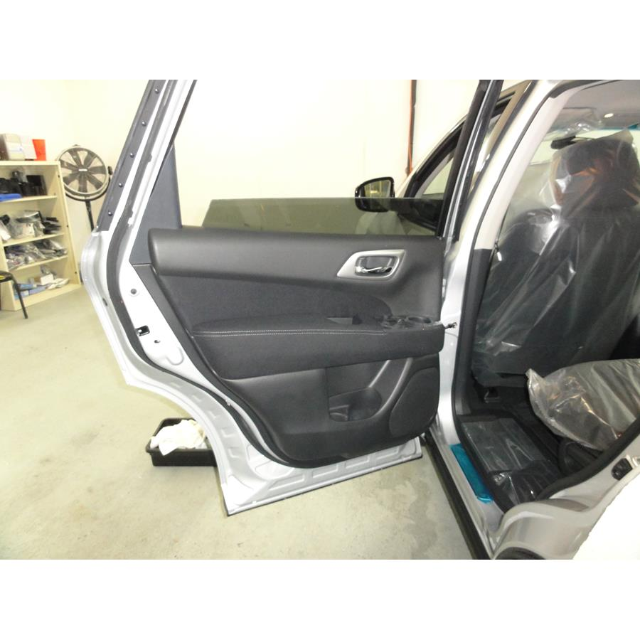 2017 Nissan Pathfinder Rear door speaker location