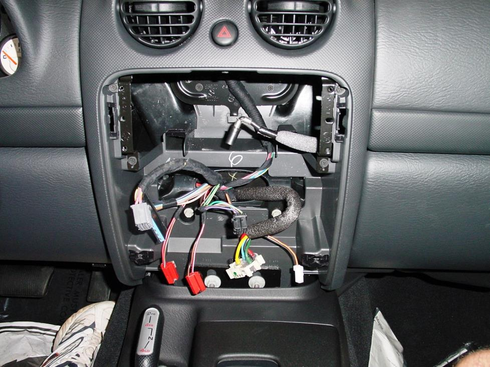 Upgrading The Stereo System In Your 2002 2007 Jeep Liberty
