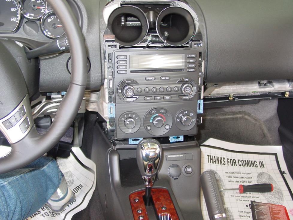 pontiac g6 dashboard  getting to the g6's radio