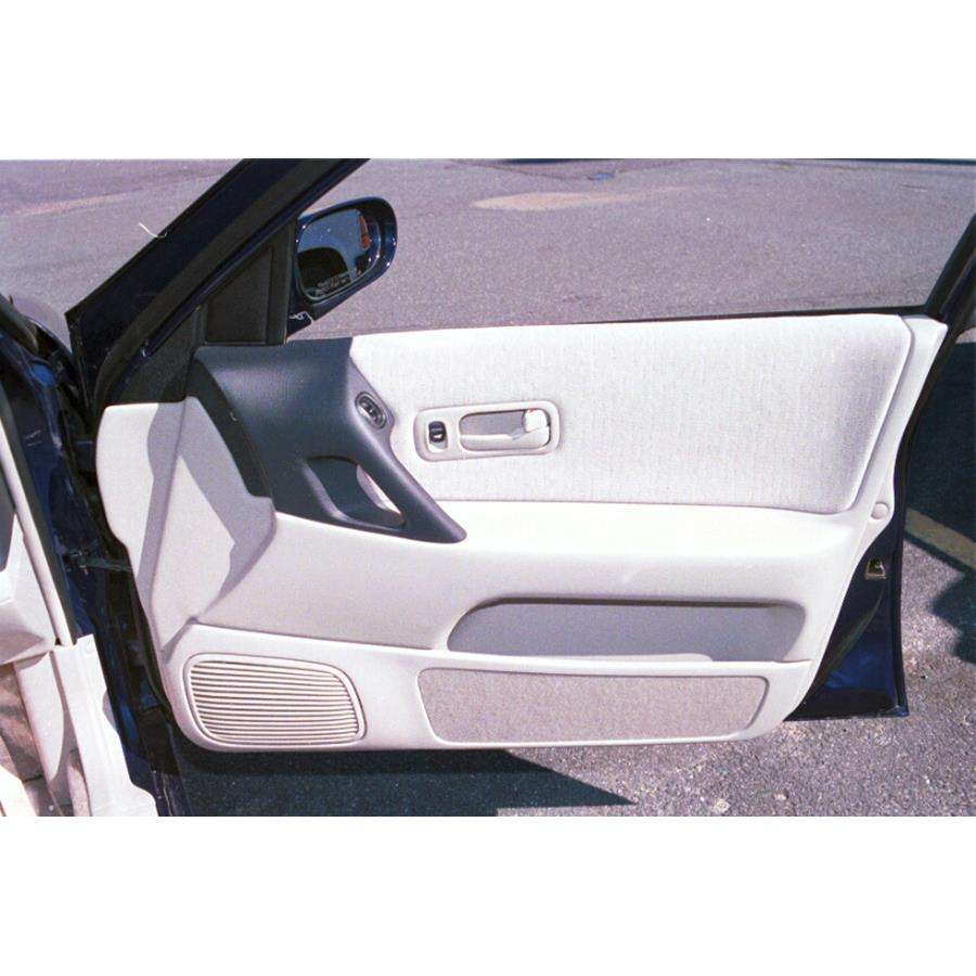 1997 Nissan Altima Front door speaker location