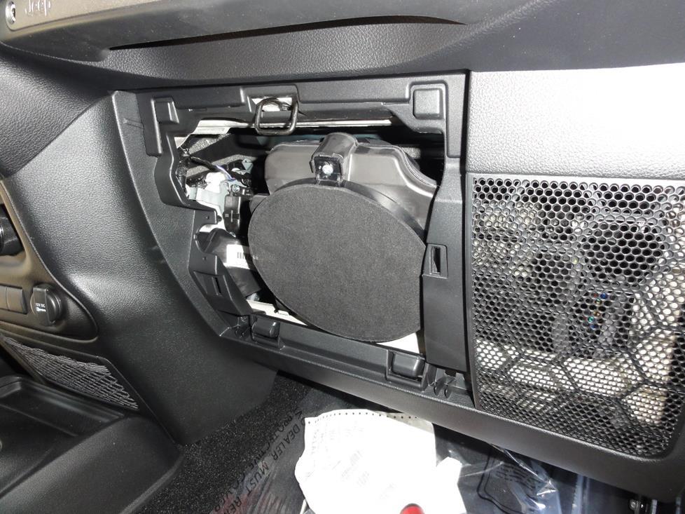 jeep wrangler dash speaker