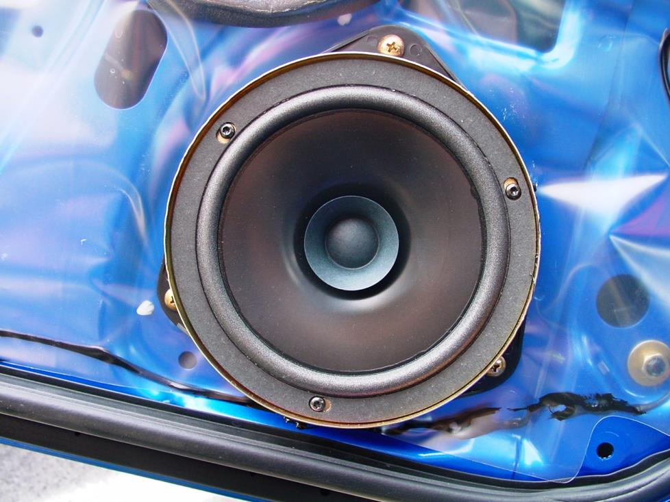 subaru wrx front door woofer