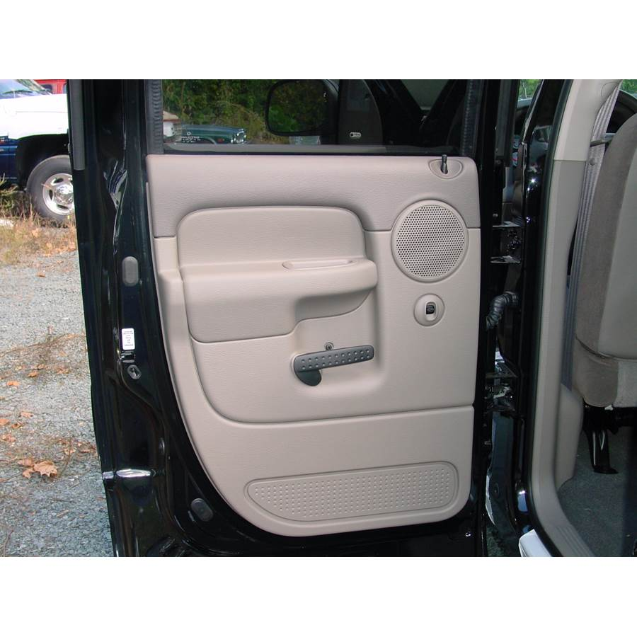 2003 Dodge Ram 3500 Rear door speaker location