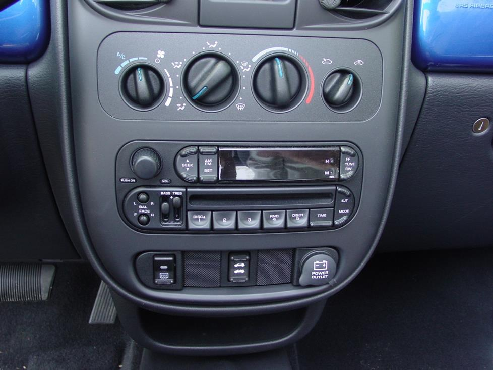 PT Cruiser factory radio
