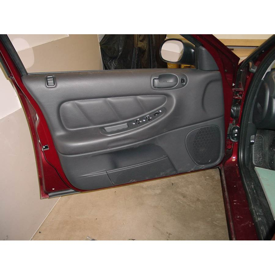 2001 Dodge Stratus Front door speaker location