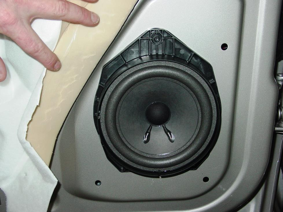 Chevy Avalanche front door speakers