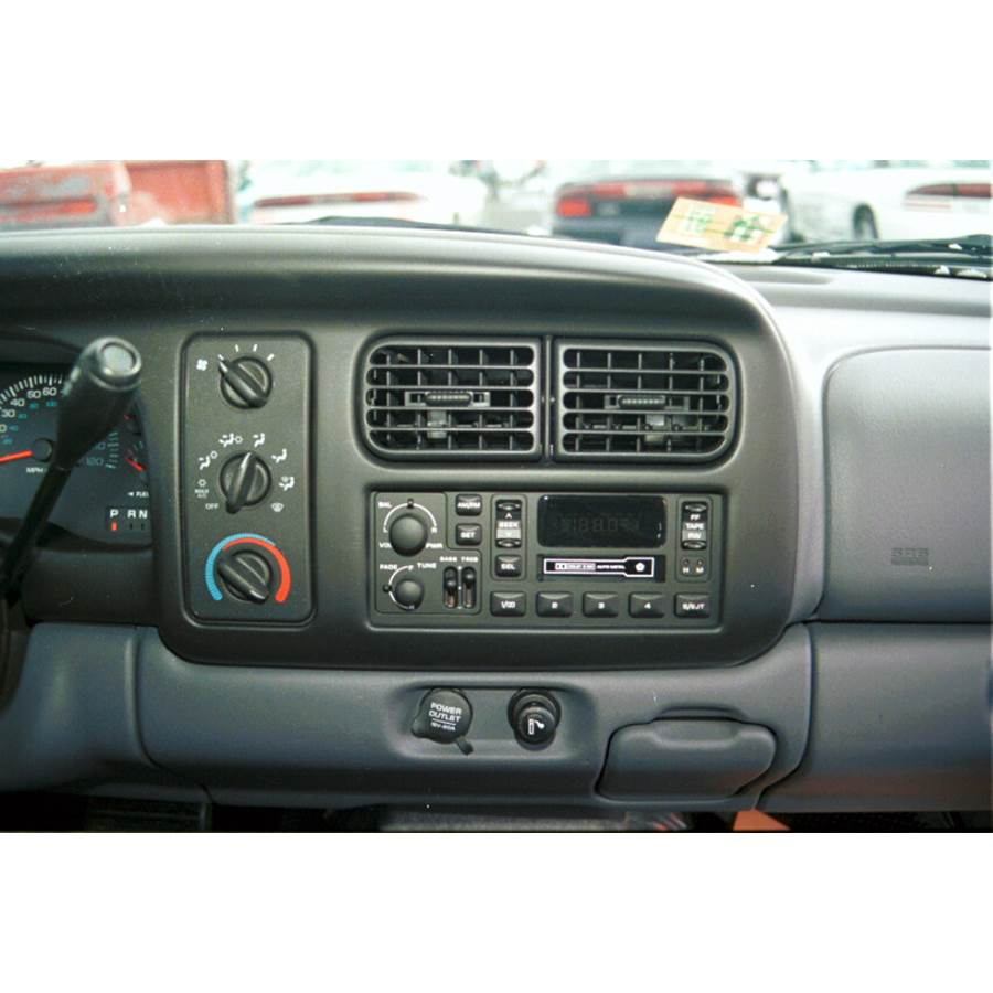 1999 Dodge Dakota Factory Radio