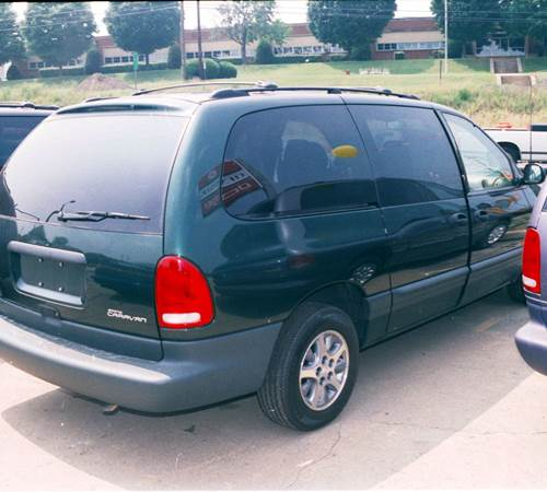 1998 Chrysler Town and Country Exterior