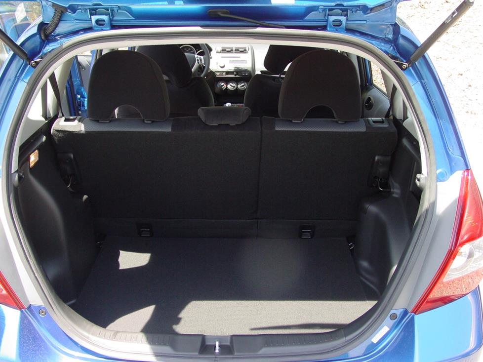 honda fit cargo area subwoofer