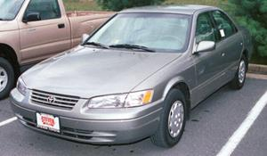 1998 Toyota Camry LE Exterior