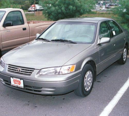 1997 Toyota Camry LE Exterior