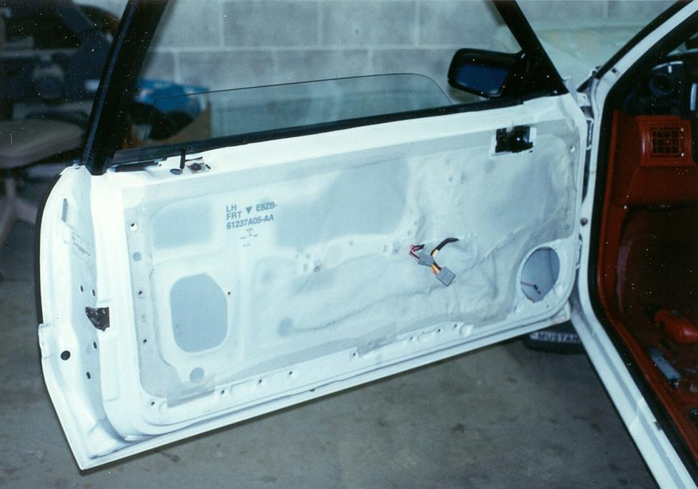 Ford Mustang front door speaker