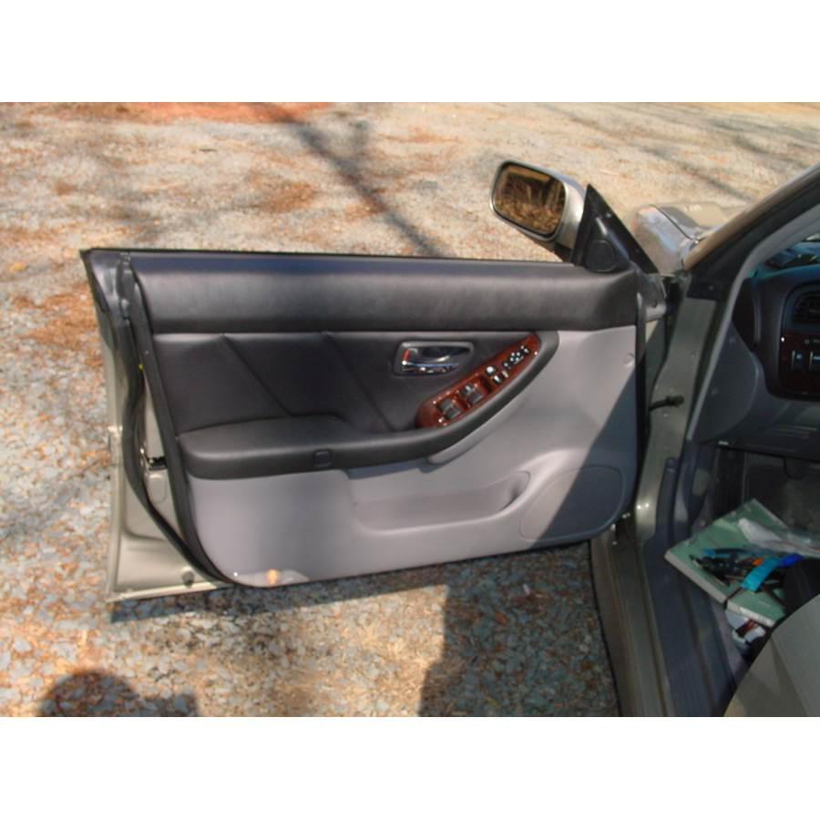 2001 Subaru Outback Front door speaker location