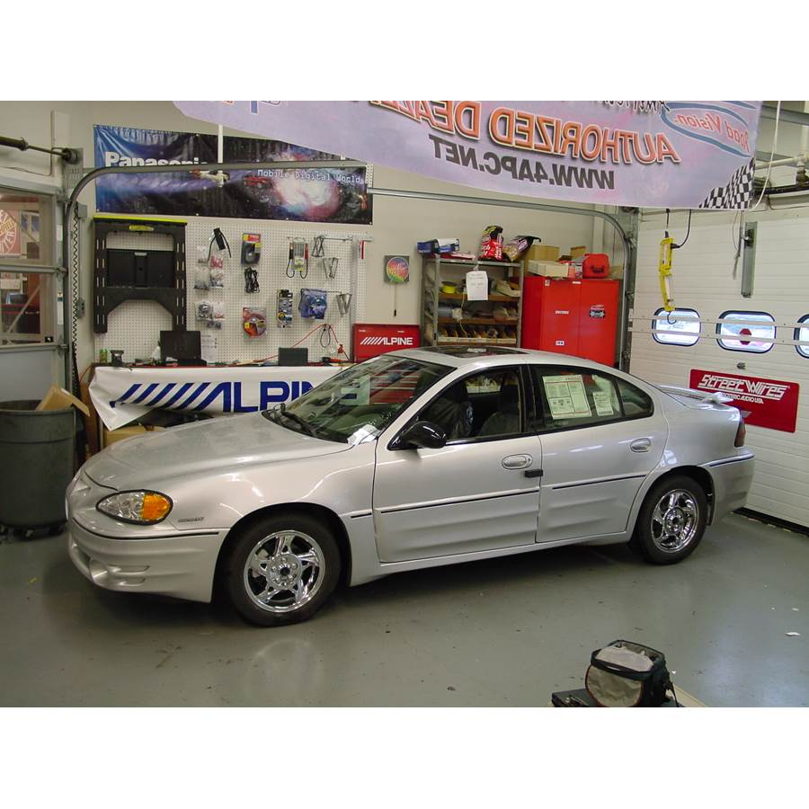 2001 Pontiac Grand Am Exterior