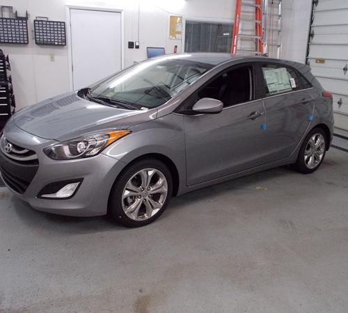 Hyundai Elantra Hatchback 2014: Find Speakers, Stereos, And Dash