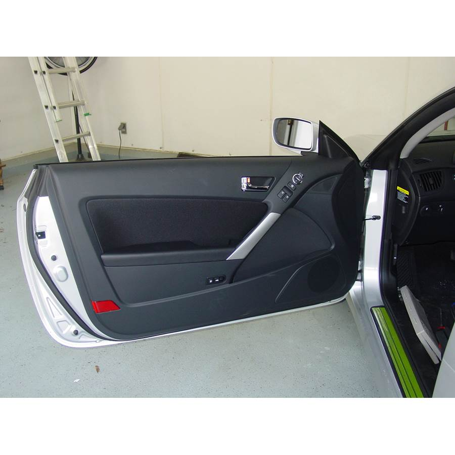 2010 Hyundai Genesis Front door speaker location