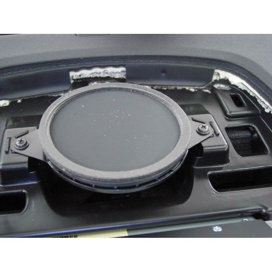 2010 Hyundai Genesis Center dash speaker