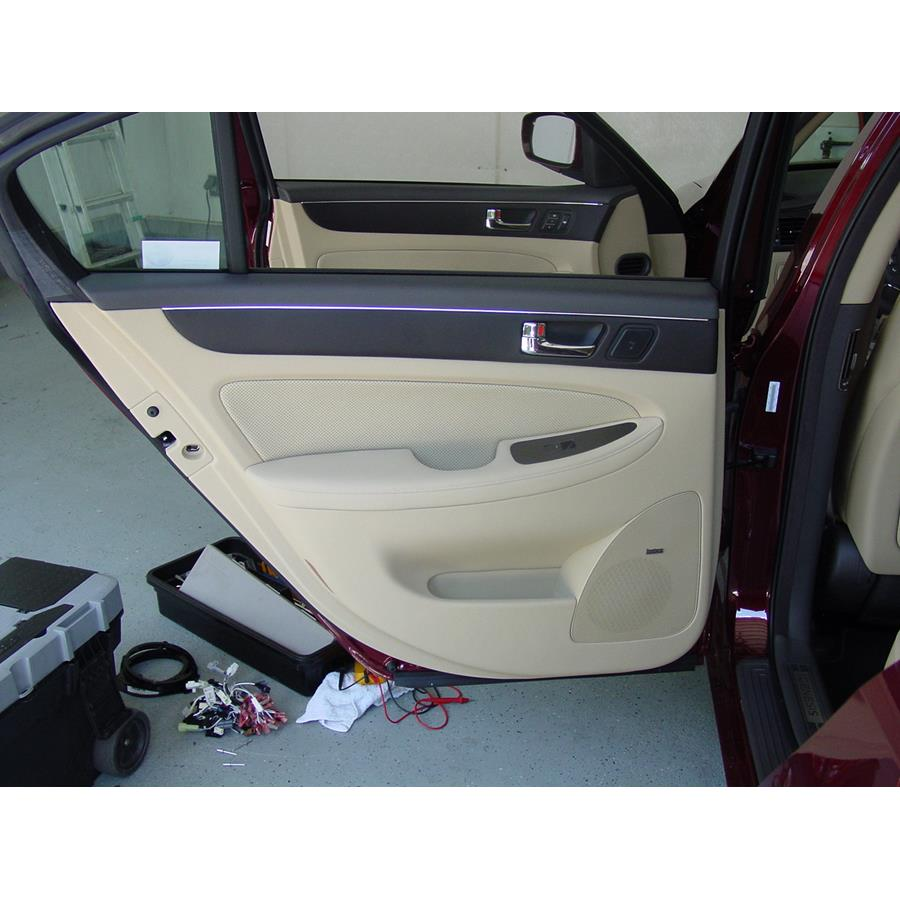 2010 Hyundai Genesis Rear door speaker location