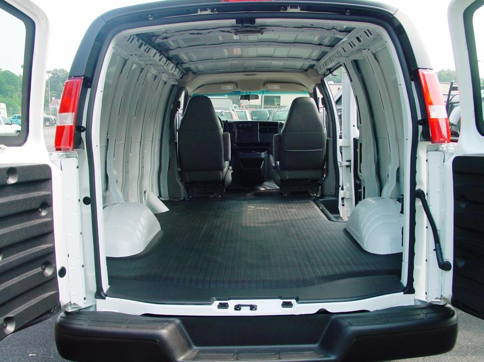 chevy express gmc savana van cargo area