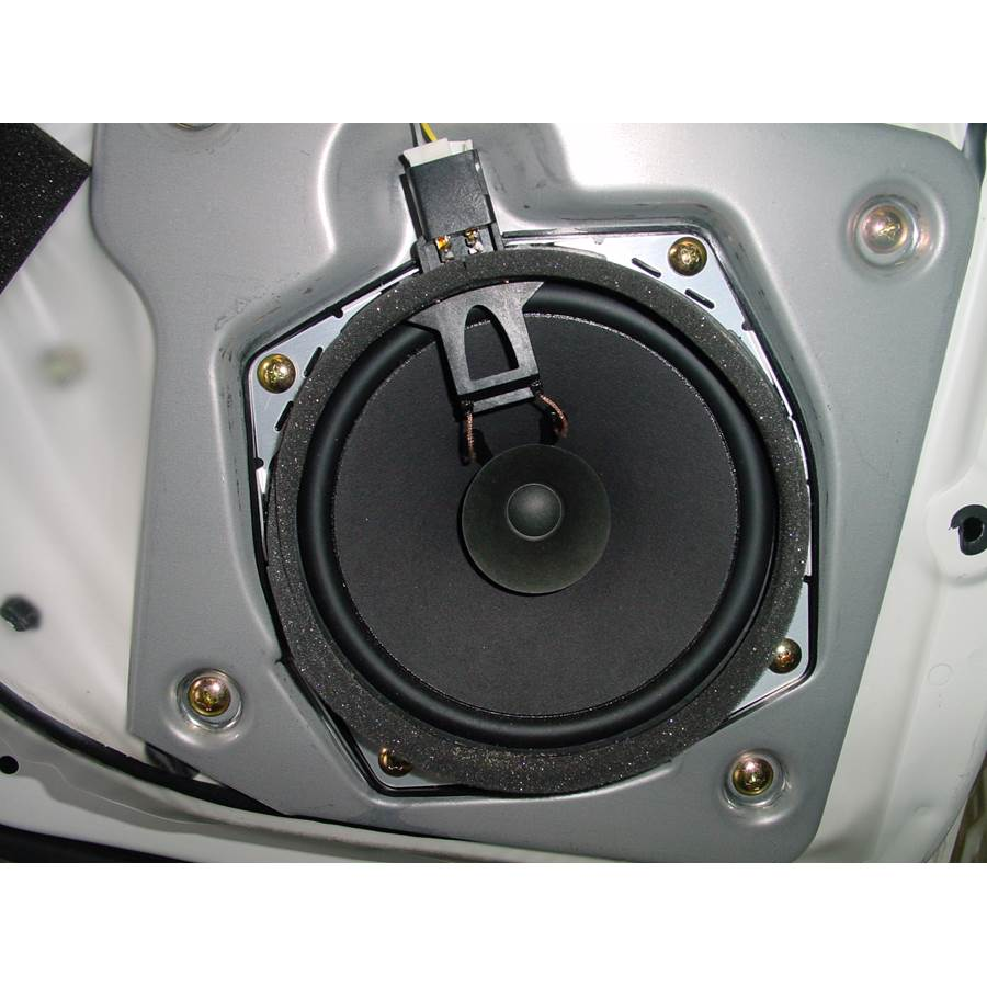 2005 Mitsubishi Montero Rear door speaker