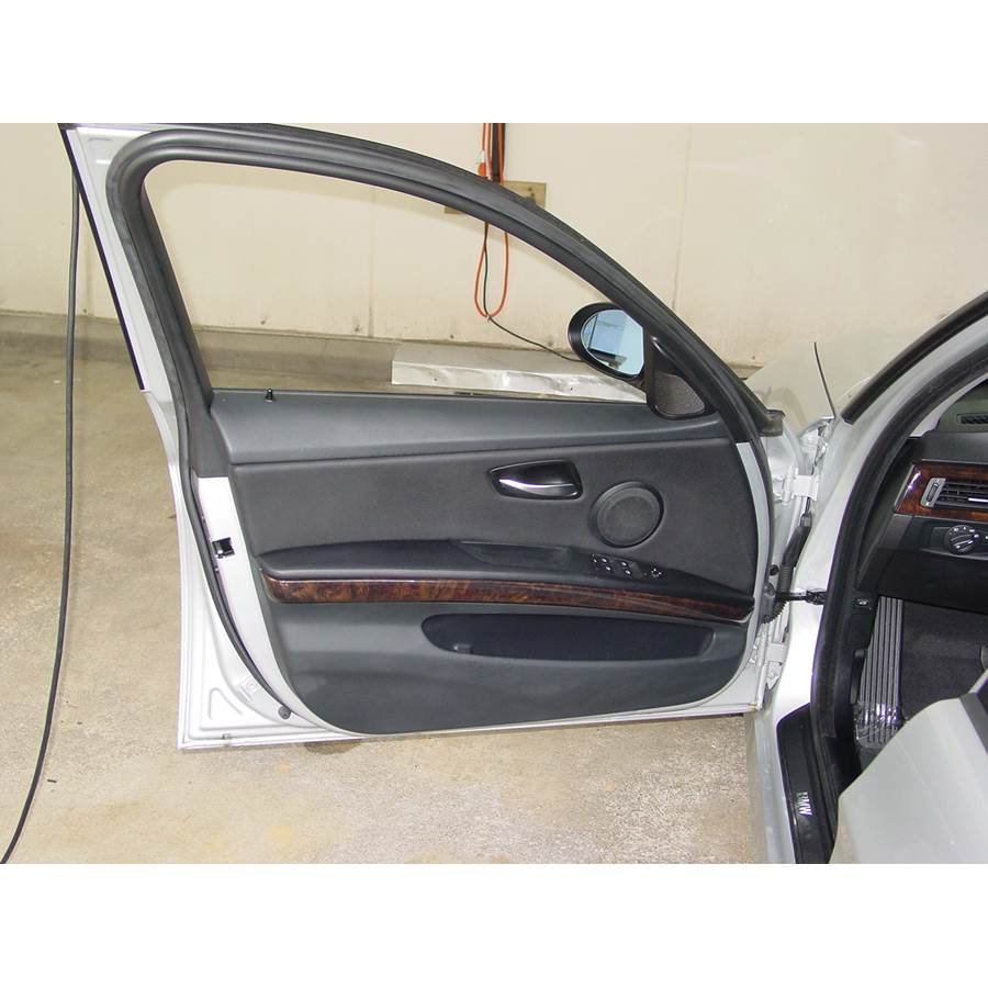 2010 BMW M3 Front door speaker location