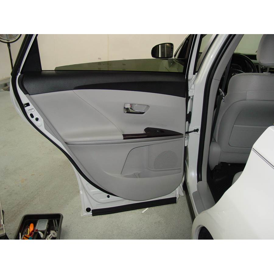 2014 Toyota Venza Rear door speaker location