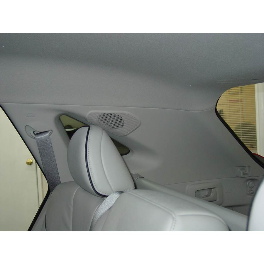 2014 Toyota Venza Rear pillar speaker location
