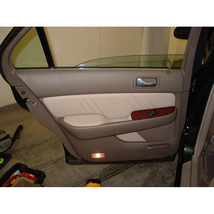 2004 Acura 3.5RL Rear door speaker location